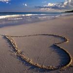 imagen-corazon-playa-enamorados-p